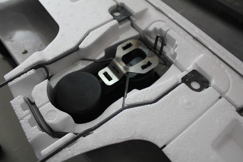 Tesla Model X - wire assembly